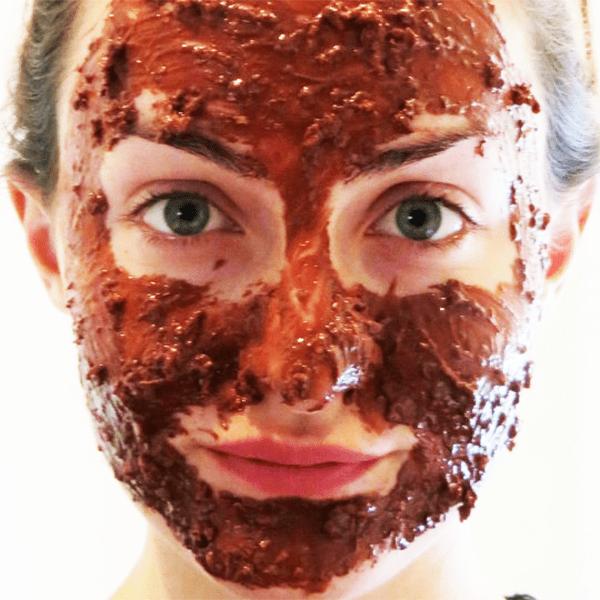 shokoladnye maski Шоколадные маски для лица: полезные свойства и применение