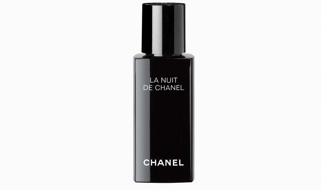 Сыворотка для восстановления кожи Chanel La Nuit De Chanel Evening Recharging Face Care от Chanel 4 160 руб. 1024x607 Спи, наша радость! 8 бьюти мелочей для отличного сна