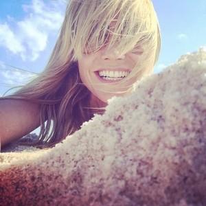 Хайди Клум #beachselfie