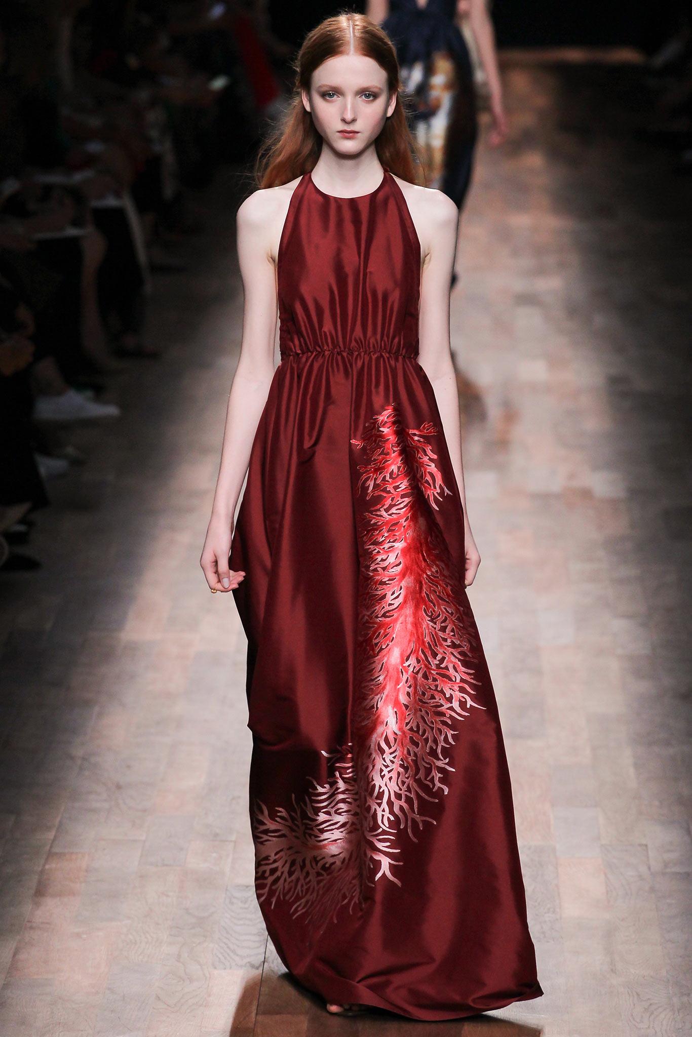Valentino весна 2015 И самым модным цветом 2015 года становится...