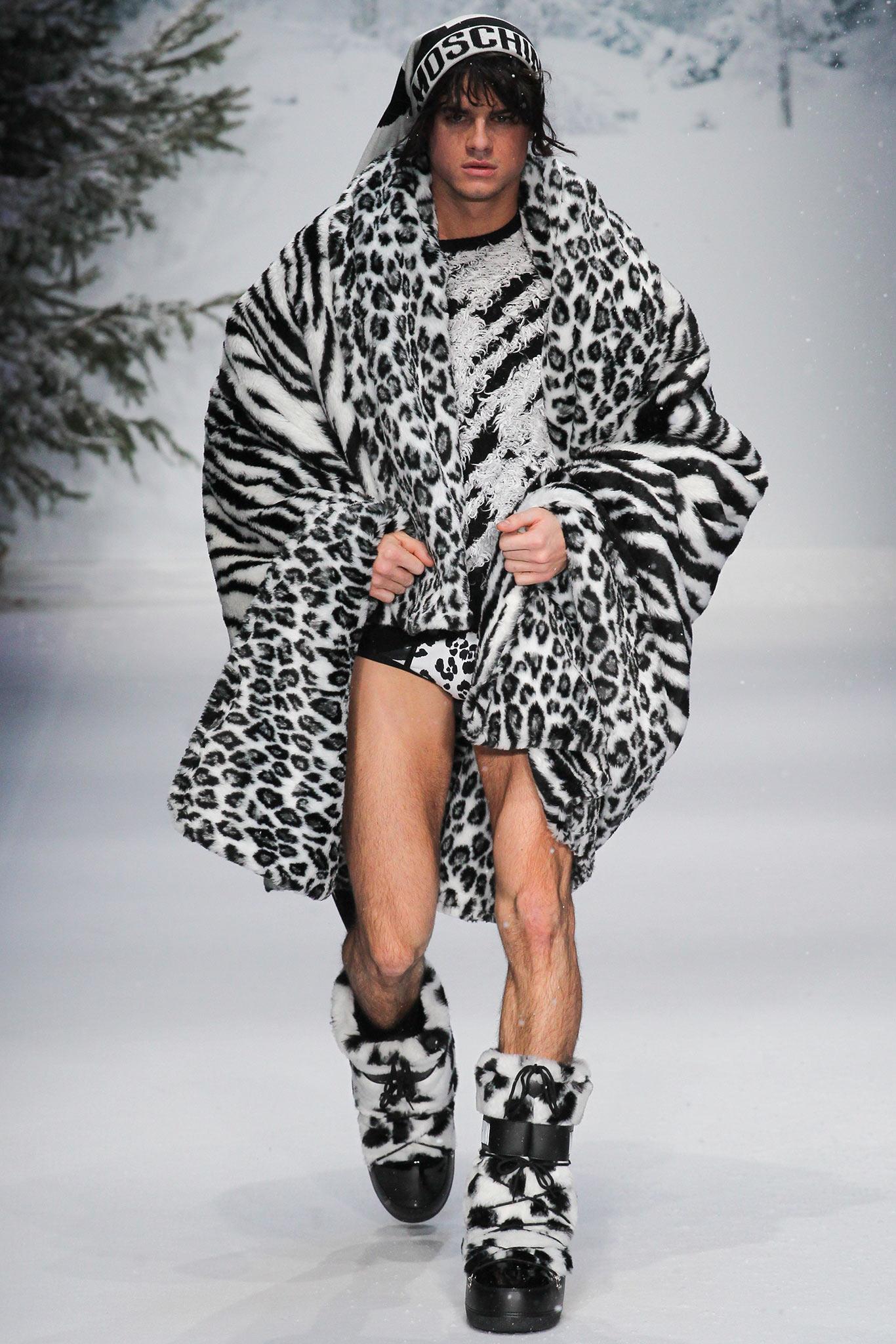 Moschino осень зима 20152016 Самые нелепые мужские образы с Недели моды в Лондоне