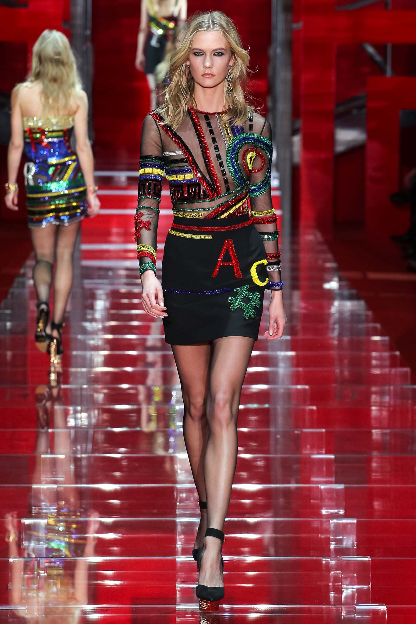 Versace весна лето 2015 Неделя моды в Милане: 6 тенденций, которые точно приживутся в России