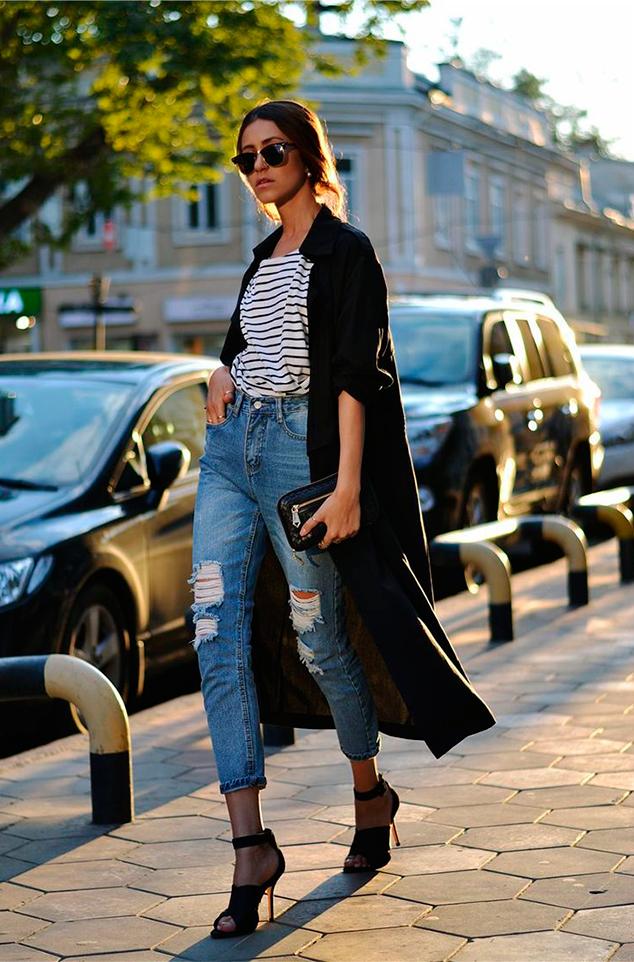 Как это делает каждый второй модный блогер 5 свежих идей, с чем носить тельняшку