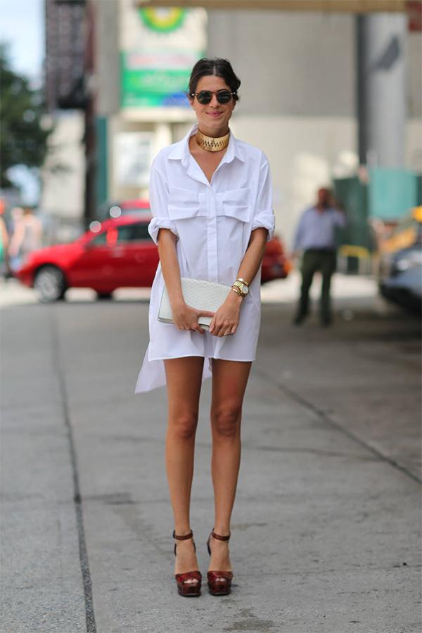 IN: маленькое белое платье