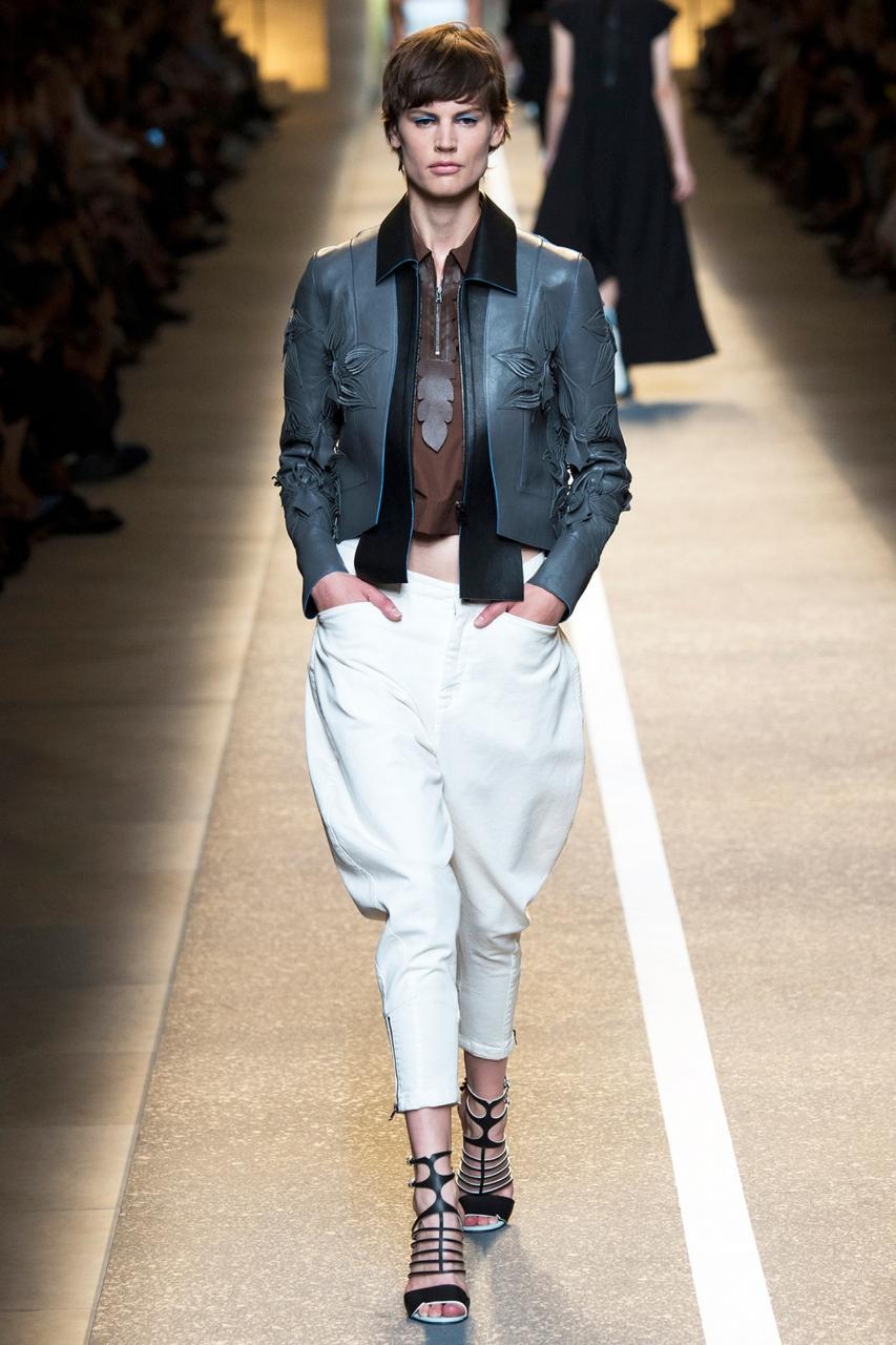 Fendi весна лето 2015 Брюки юбка, треники, штанишки Карлсона: как носить самые странные модели этой весны