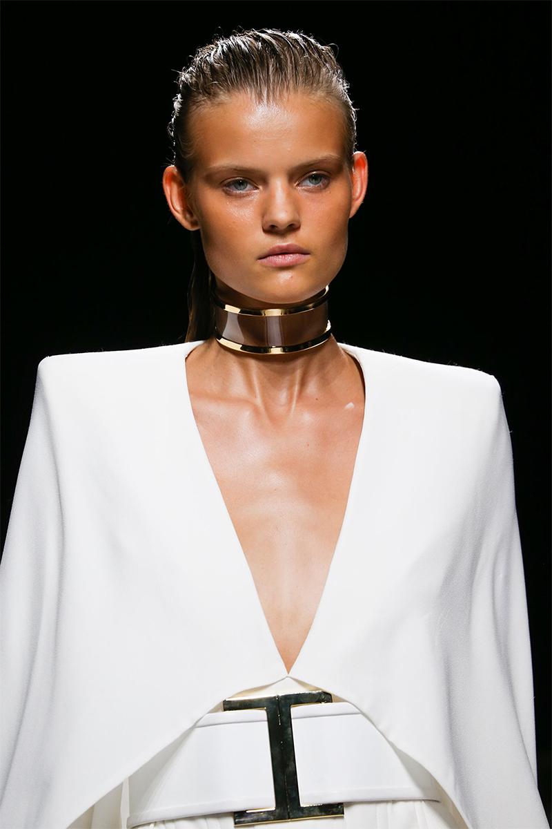1.1 balmain Как носить массивные ожерелья