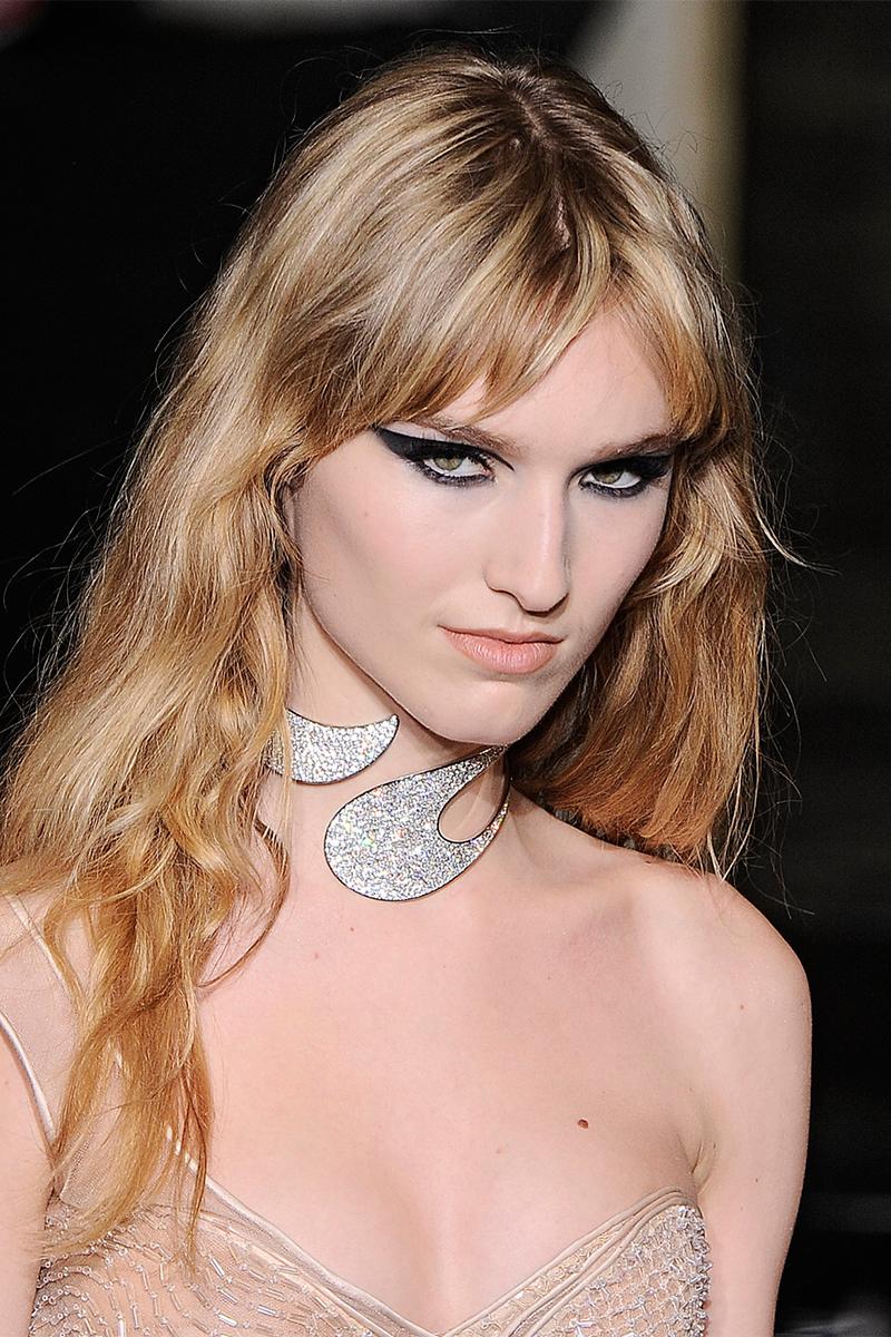 1.4 atelier versace Как носить массивные ожерелья