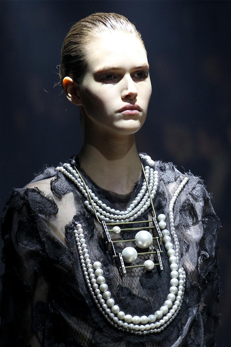3.3 Lanvin Как носить массивные ожерелья