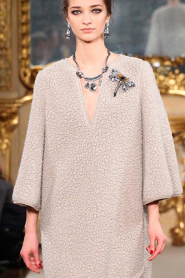 2 Les Copains осень 2015 Как носить брошь