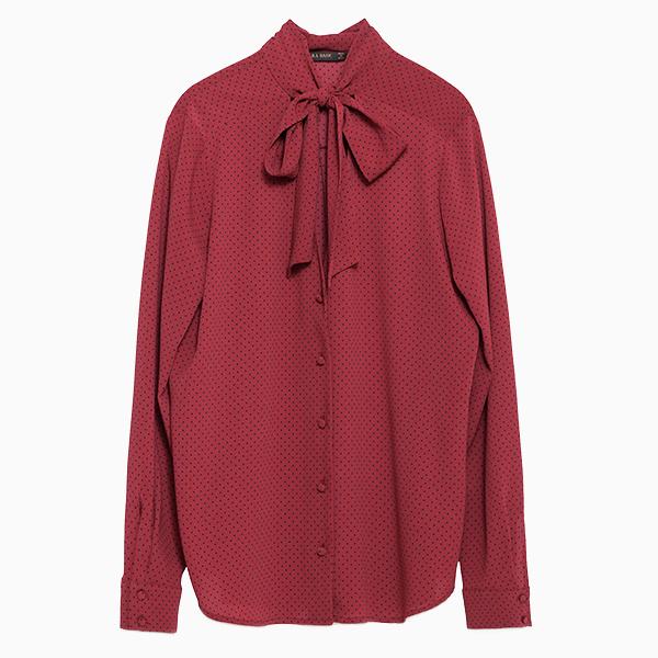 Блуза с бантом Zara  6 самых модных блузок осени