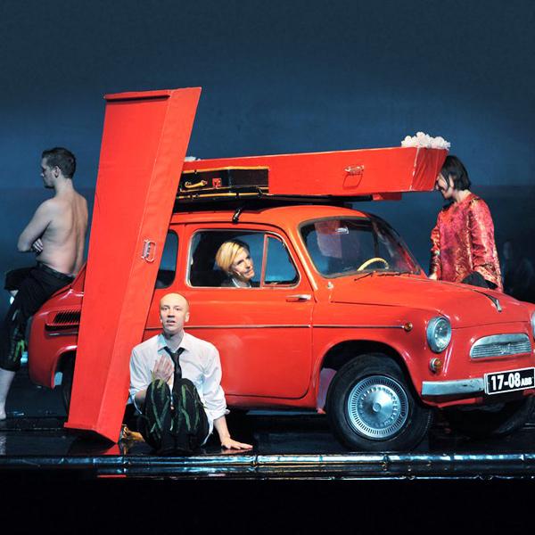 003 small6 Театральные постановки, которые нельзя пропустить в сентябре