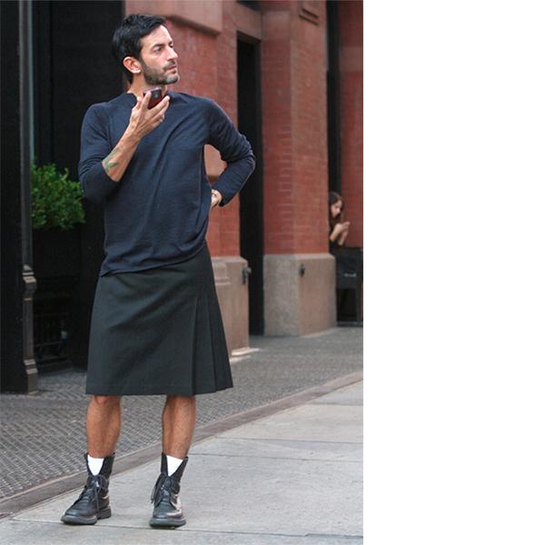 marcjacobs skirt Мужчины в платьях, женщины в галстуках – что происходит в мире моды?