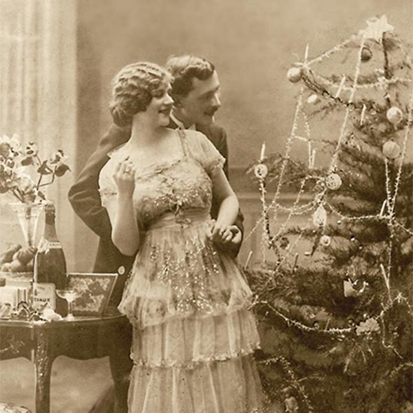 12 В чем встречать Новый год? Мнение историка моды Александра Васильева