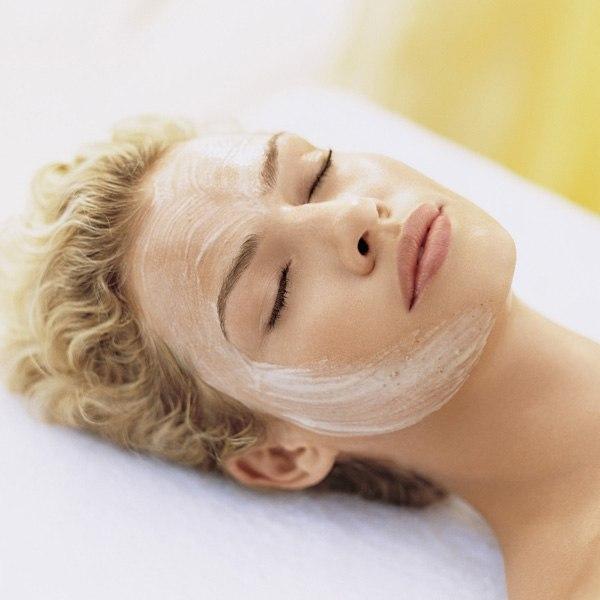 kosmetika iz tailanda 21 Масло розмарина для лица: рецепты масок