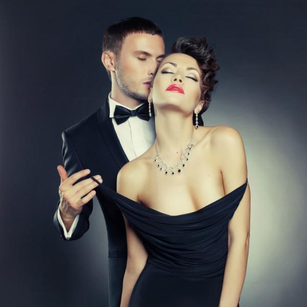 sexy man and woman Мужчины не любят слабых женщин