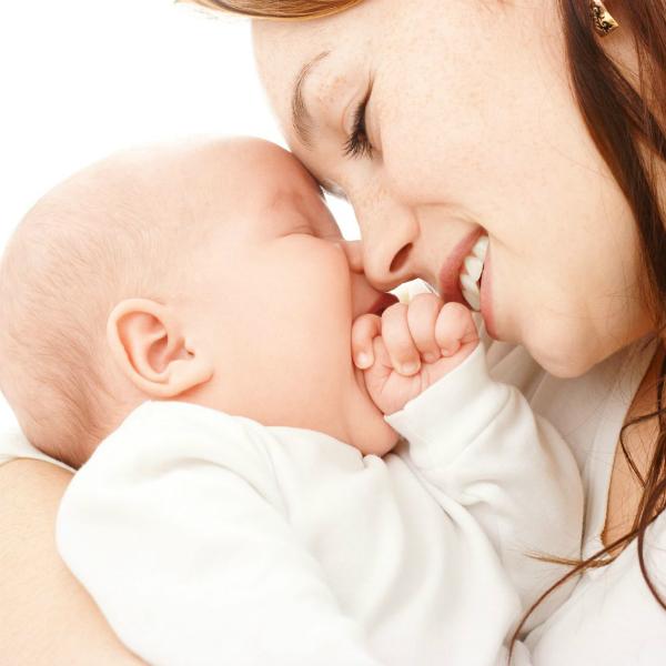 МОЛОДАЯ МАМА Правила грудного вскармливания Должны ли мы любить свою мать?