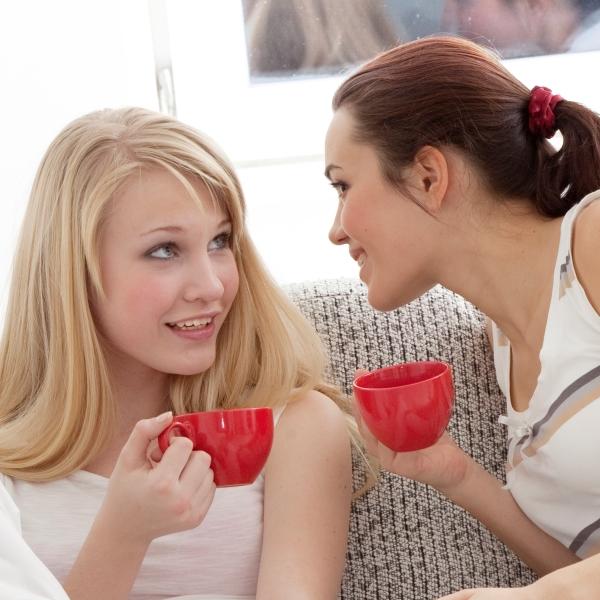 как сблизиться с подругой и меньше ссориться? больше разговаривайте и делитесь чувствами