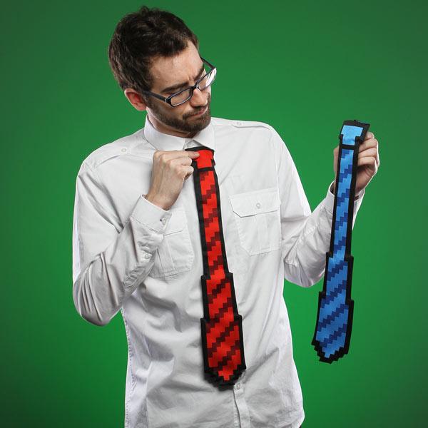 9352 8 bit tie wearing Как понять, что мужчина заинтересовался тобой