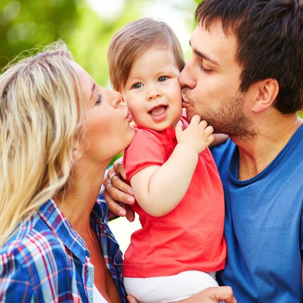 Depositphotos 53810407 m Отношения взрослых детей и их родителей