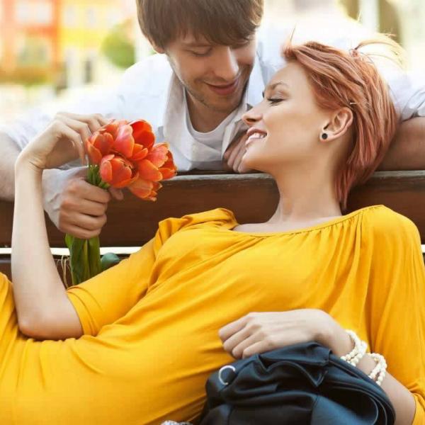 Открытки знаки внимания для мужчины, тюльпанами
