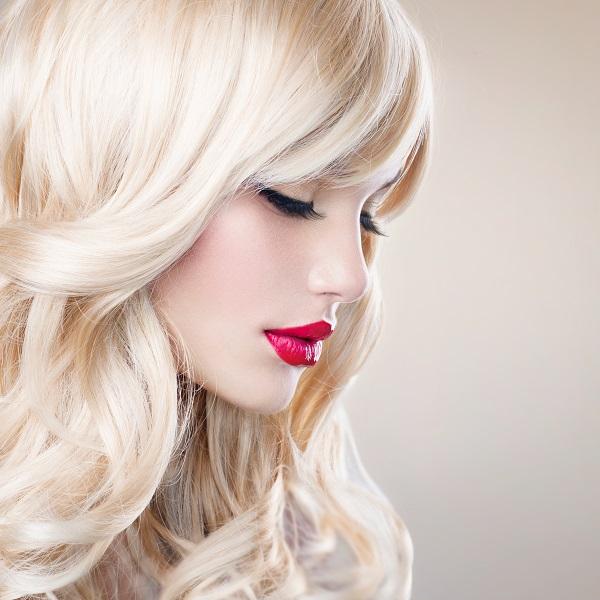 Как восстановить волосы после окрашивания{q}