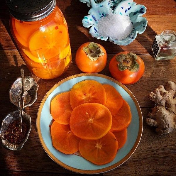 хурма королек оранжевого цвета