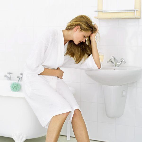 хурма вызывает газообразование и боли в животе