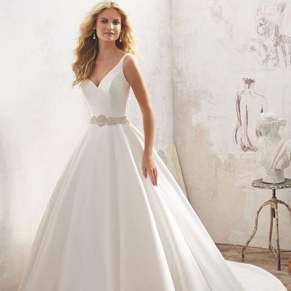 фото свадебного платья А-силуэта