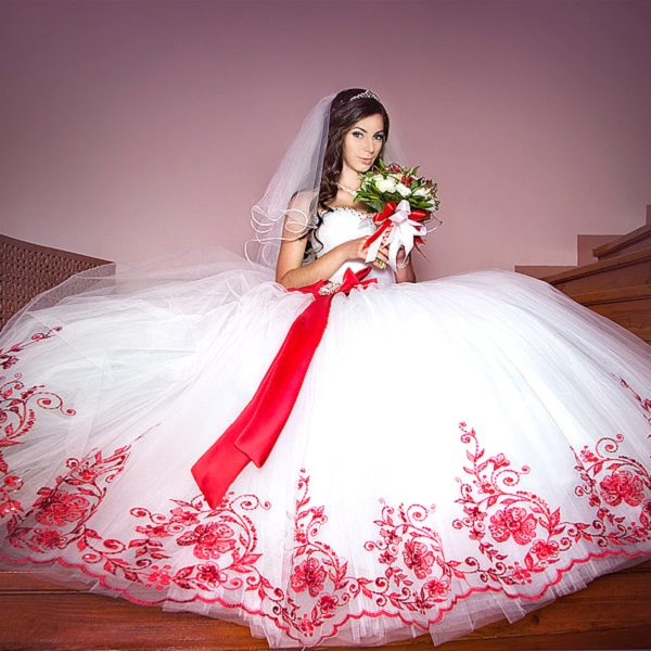 sunmag-4-13 Как сшить свадебное платье своими руками – пошаговая инструкция