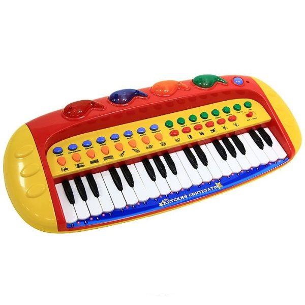 Подарок ребенку 5 лет на Новый год – синтезатор