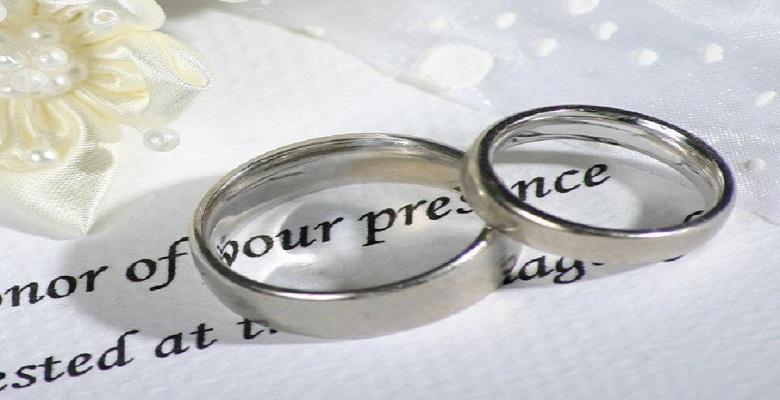 Что подарить на 15 лет свадьбы Хрустальную годовщину для мужа и супруги