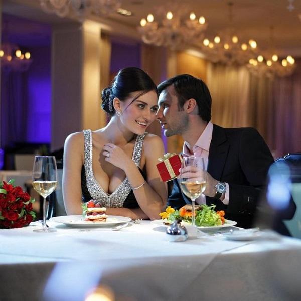 Романтический ужин с женой в необычном ресторане