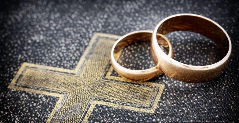 Могут ли разведенные люди венчаться