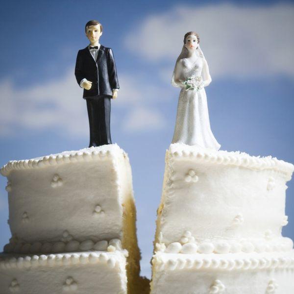 Нужно ли развенчиваться после развода