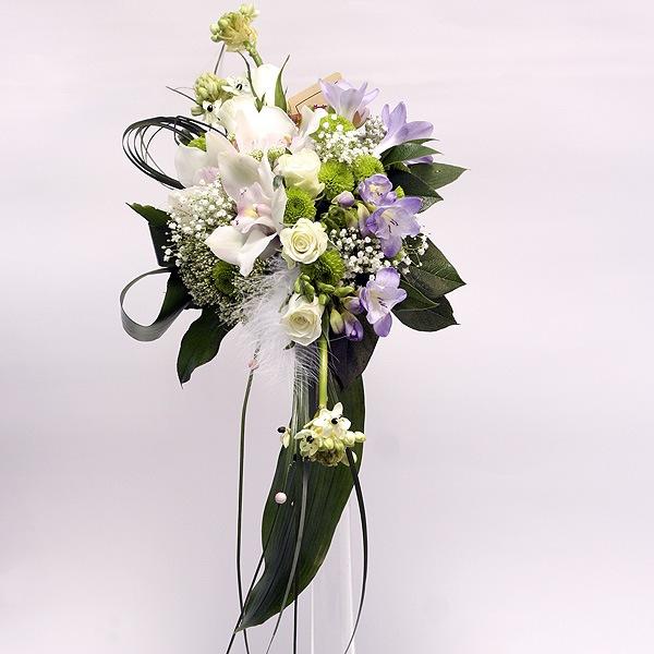 Европейские букеты из орхидеи каскадом
