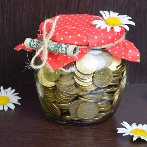 интересное вручение подарка в виде денег
