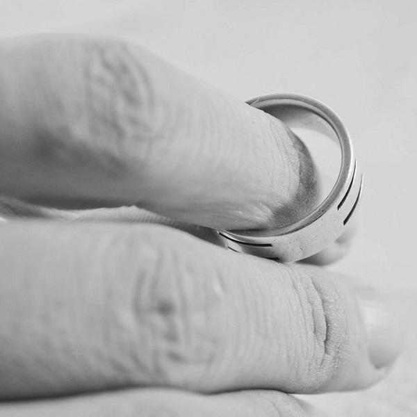 найти потерянное кольцо дома