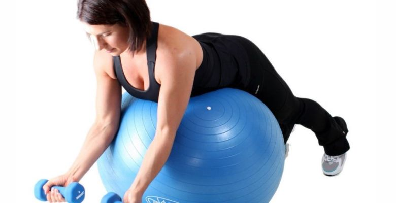 Гимнастический мяч упражнения для похудения бедер и пресса