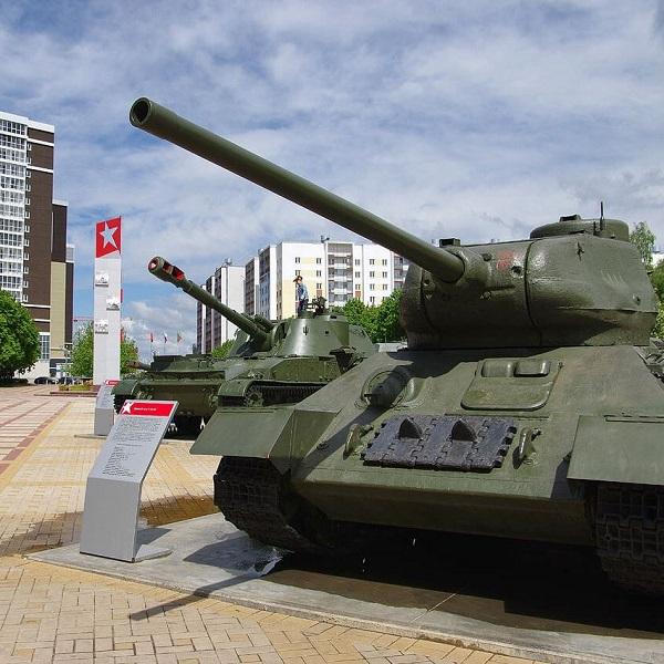 танки в парке
