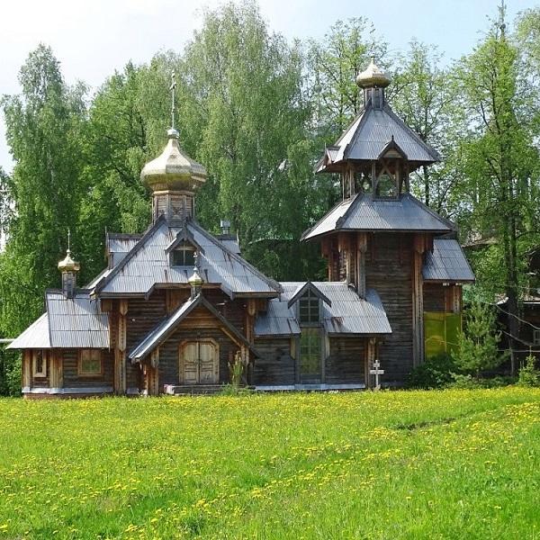 красивый монастырь